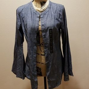 Banana Republic flare sleeve jean top